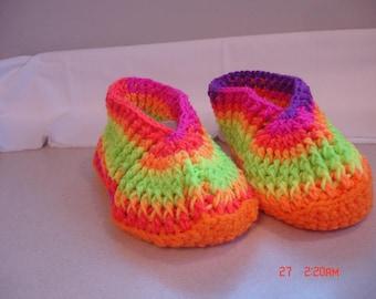Crochet women's slippers