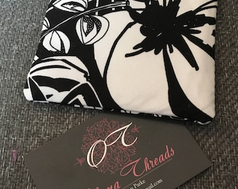 Black and White Flower Purse