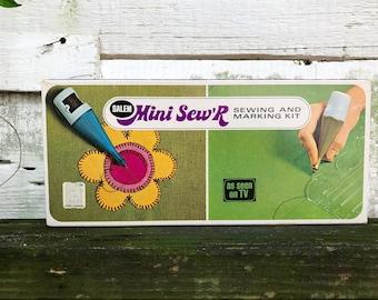 Sewing Kit Salem Mini Sew'R Sewing and Marking Kit Vintage