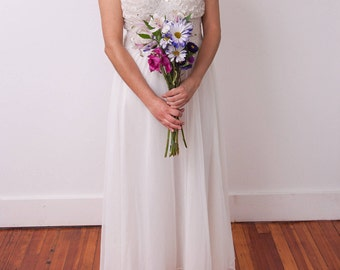 Vintage Lingerie Wedding Dress - Sheer Vtg Nightgown - Long White Lace Dress - Vintage Housedress - Vintage Loungewear - Size Medium / Large