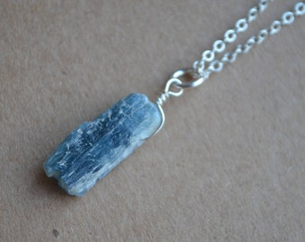Raw Kyanite Necklace Dainty Silver Chain Indigo Kyanite Pendant Necklace Rough Kyanite Jewelry Healing Crystal Kyanite Necklace