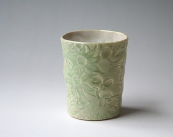 Small beaker with Australian Flannel Flower design - Pale green ceramic cup