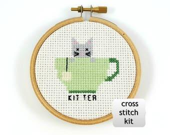 Kit thé cross stitch kit, kit de drôle au point de croix, kit de bricolage, bricolage cross stitch, thé kit point de croix, chat cross stitch kit, mini au point de croix
