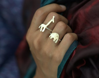 Ellie & Giraffe ring