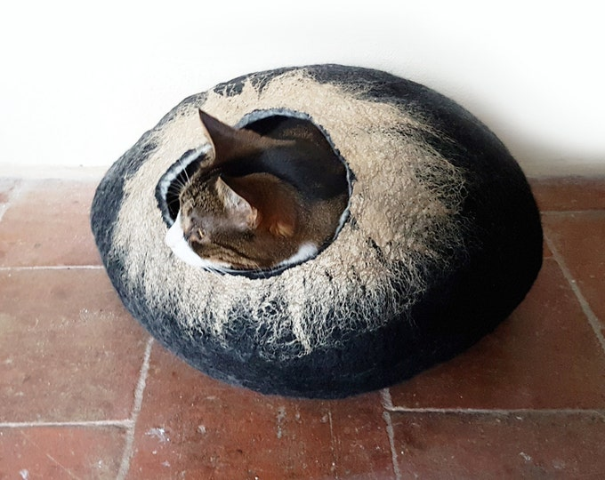 Black and Gold Cat Bed Cat Cave Cat House cat nap cocoon Free Ball - Medium
