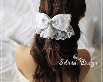 Bridal Bow Fascinator, White Wedding Hair Bow -Bridal Bow, Wedding Accessories, Wedding Hair Bow Clip, Flower Girl