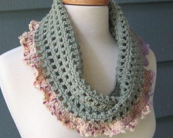 PATTERN C-002 / Crochet Pattern / Leah Cowl ... worsted 200 yds/DK 50 yds