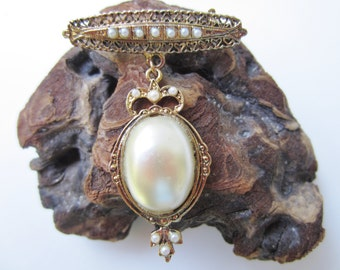 Cute Bar Pin with Faux Pearl Pendant