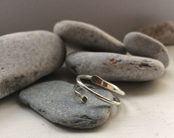 Silver twirl ring