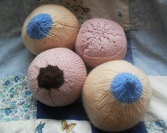Knitted boobs