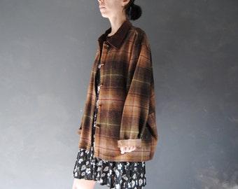 Vintage plaid chore coat -- thick plaid, oversized wool jacket, barn jacket, plastic toggles, boxy jacket, neutral plaid, 1980s 80s, medium