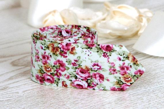 Blumen aus weiße Krawatte aus weiß mit rosa Blumen Männer