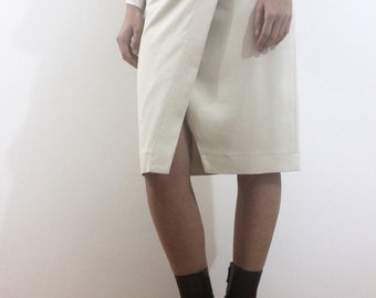 Cream assymetrical front skirt