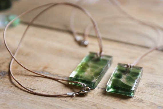 Seaham seaglass in resin. Lariat necklace. With Aventurine and fire-glass beads. On thin suede. Hippie summer.