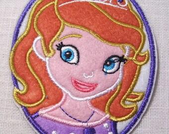 PRINCESSE FILLETTE SOFIA Ovale ** 7,5 x 10 cm ** Écusson patch brodé thermocollant - Applique à repasser