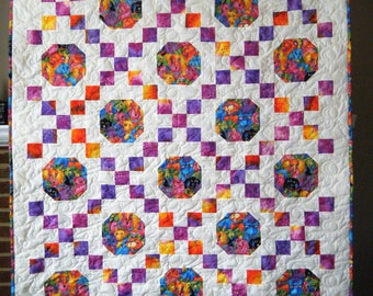 Laurel Burch Dogs and Doggies print - Irish Chain Quilt