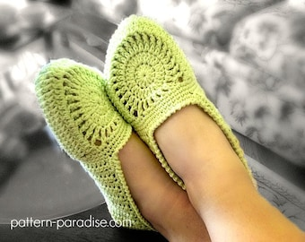 Crochet Pattern for Women's Slippers, Pistachio Slippers Adult Slippers House Shoes, PDF 12-035 INSTANT DOWNLOAD