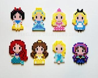 Disney Chibi/Kawaii Princess Magnets - Choose from Elsa, Anna, Ariel, Belle, Cinderella, Snow White, Aurora or Alice.