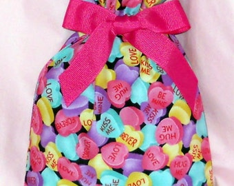 Candy Conversation Hearts Small Fabric Gift Bag - Valentines Day, Love, Forever, Be Mine, Kiss Me, Hug Me, Pink, Blue, Purple, Yellow, Black
