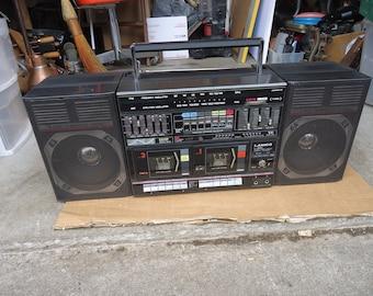 vintage boombox radio cassette player/recorder ghetto blaster large.Lanico brand