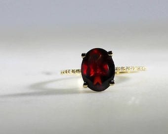 2 ct. Oval Garnet Ring with Diamond Band