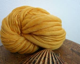 handspun thick/thin merino wool No 33