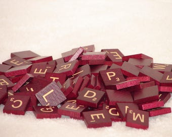 100 Vintage 1989 Mahogany/Burgundy Scrabble Tiles and 4 Racks
