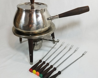 Vtg Fondue Pot Stainless Steel w 6 Forks Unmarked Hard to Find Rosewood Wooden Legs, Knob, Handles Made in Japan NO TRAY