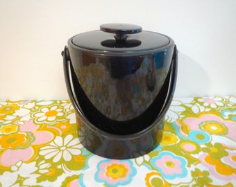 Vintage 1970s MID Century Modern Black Patent Leather Vinyl Barware Ice Bucket