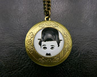 Charlie Chaplin  locket Necklace vintage jewelry 2020m
