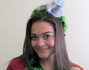 Ugly Christmas Sweater Party Headband, Top Hat with Green Garland  Adult Womens, Ugly Christmas Sweater Party Headband, Christmas Hairband