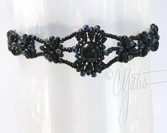 Isabelle* bracelet in black