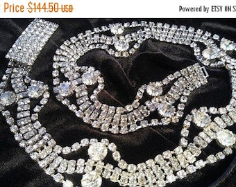 ON SALE Vintage Collectible Rhinestone Belt 1950's 1960's Jewelry Old Hollywood Glam Mad Men Mod Mid Century Size 27 High End Accessories