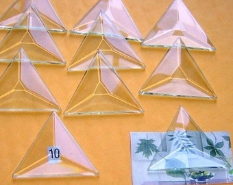 Box of 30 -Extra Small 1 Inch TRIANGLE Bevels - Clear Pendant Glass - Flat On Back for for Collage Altered Art Soldered Jewelry