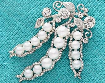 Crystal Pearl Brooch, Wedding Brooches,  Bridal Brooch, Bouquet Brooches, Dress Sash Brooch, Cake Brooch, Crystal Rhinestone Brooches