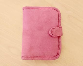 Mini Travelon Pink Wallet Purse (A cute little vintage case measures 5 inches by 6 inches.)