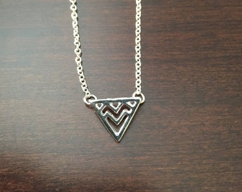 triangle necklace, silver triangle necklace, triangle pendant, triangle jewelry, chevron necklace, chevron pendant, silver necklace, jewelry