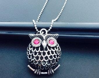 Vintage Owl Necklace Pendant Charm Chain Big antique owl Jewelry