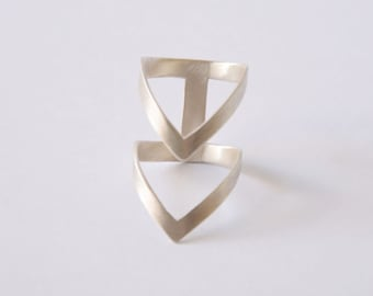 silver statement ring, chevron ring, double V silver ring, silver geometry ring, architectural ring, silver minimalist ring, handmade ring