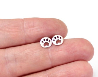 Paw Print Studs, Pawprint Earring Studs in Sterling Silver, Pet's Pawprint Earring Studs, Sterling Silver Dog Paw Print, Dog lover