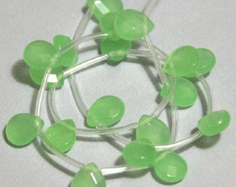 18 pcs  of Light Green faceted flat briolette glass beads 9X11mm