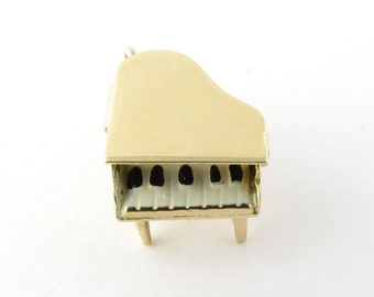 Vintage 14 Karat Yellow Gold Grand Piano Charm #3330
