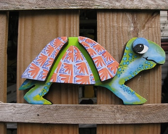 Wood TURTLE Hand PAINTED Colorful ART Unique, Comical, Deck, Patio, Wall Decor, Beach house, cottage, rec room, kids room, Baby's room