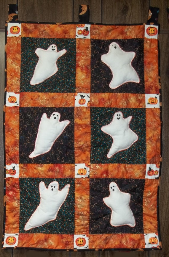 Pdf Ghosties Wall Hanging Quilt Pattern For Halloween