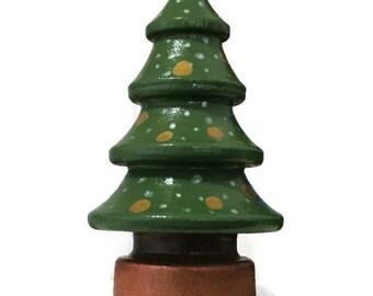 Wooden Christmas Tree - Peg Doll Tree - Tiny Wood Christmas Tree - Tree with Ornaments - Dollhouse Tree - Dollhouse Christmas Tree