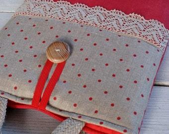 Laptop sleeve for a 13 inch Macbook/ linen/ handles