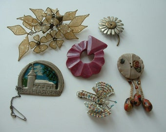 Collection of ww1/ww2 make do and mend brooches