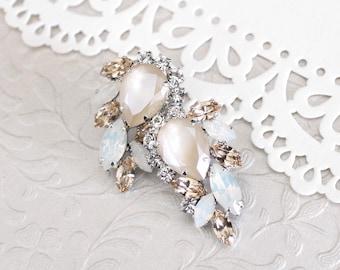 Bridal earrings, Crystal cluster earrings, Bridal jewelry, White opal earrings, Ivory cream, Swarovski earrings, Statement stud earrings,