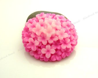 38mm Hot Pink Hydrangea Flower Resin Cabochons - 2pcs - Round Flat Back Cabs, Floral - BC36
