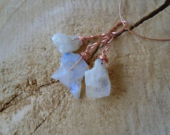 Raw Moonstone on copper pendant / / nature jewelry
